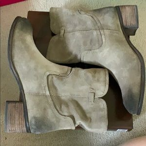 Like new Taupe cow suede grey boots